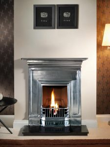 "Barcelona 36"" full-polished, decorative gas fire with ceramic coals and 36"" granite hearth"